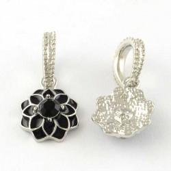 Charm pendentif Fleur double émail noir style Pandora - à l'unité