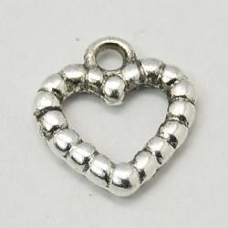 Pendentif breloque en métal Coeur ciselé