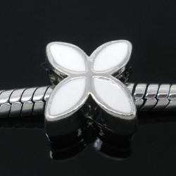 Métal Fleur émail blanc style Pandora - à l'unité
