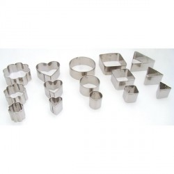 15 emporte-pièces métalliques assortis