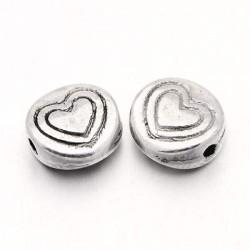 Perle de métal aplatie Coeur
