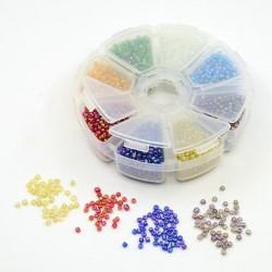 Boite 8 compartiments Perles de rocailles transparentes irisées - 3 mm