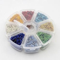 Boite 8 compartiments Perles de rocailles en baton transparentes avec liseré - 2 mm
