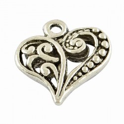 Pendentif breloque en métal Coeur ajouré