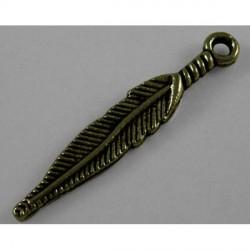 Pendentif breloque en métal petite Plume, bronze antique