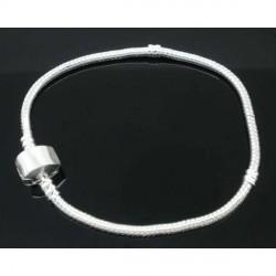 Bracelet style Pandora avec vis fermoir clip magnétique 23 cm argenté clair