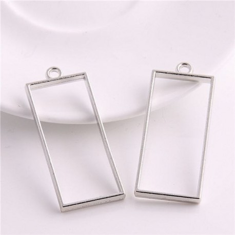 Pendentif contour Rectangle long 20 x 49 mm, argenté
