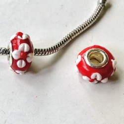 Perle de verre rouge aux marguerites blanches style Pandora - à l'unité