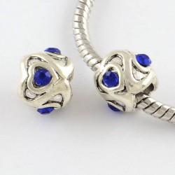 Métal petit Coeur strass bleu style Pandora - à l'unité