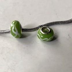 Perle de verre verte doubles guirlandes blanches style Pandora - à l'unité
