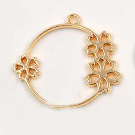 Pendentif contour Fleuri 36 x 40 mm, doré