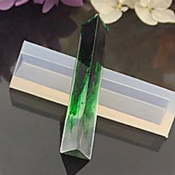 Moule silicone pour résine Pendentif long triangle