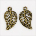 Pendentif breloque en métal petite Feuille, bronze antique