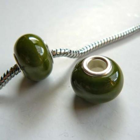 Perle porcelaine vernie olive style Pandora - à l'unité