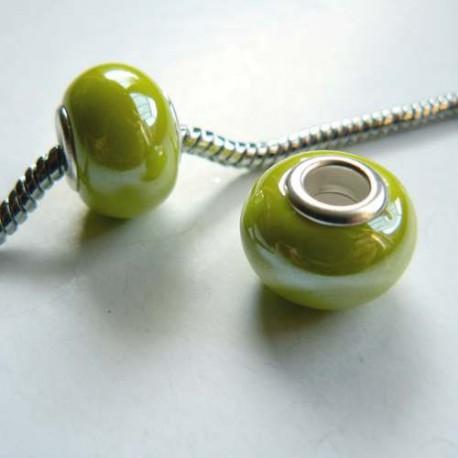 Perle porcelaine vernie Vert clair style Pandora - à l'unité