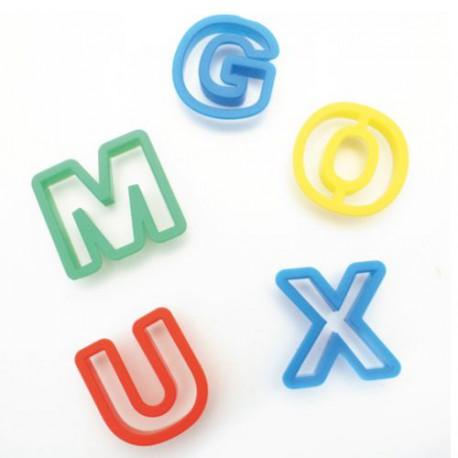 26 Lettres de l'alphabet emporte-pièces plastiques
