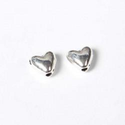 Perles de métal petits coeurs - la paire