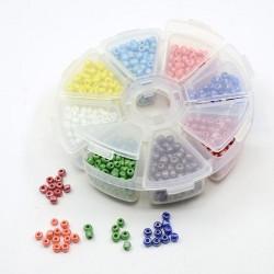 Boite 8 compartiments Perles de rocailles opaques nacrées - 4 mm