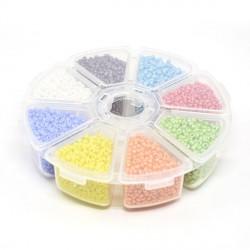 Boite 8 compartiments Perles de rocailles opaques nacrées - 2 mm
