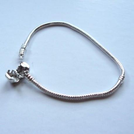 Bracelet style Pandora Fermoir clip 22 cm argenté clair