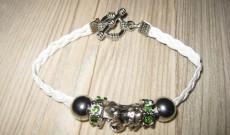 Les Bracelets et Colliers d'Aurélie